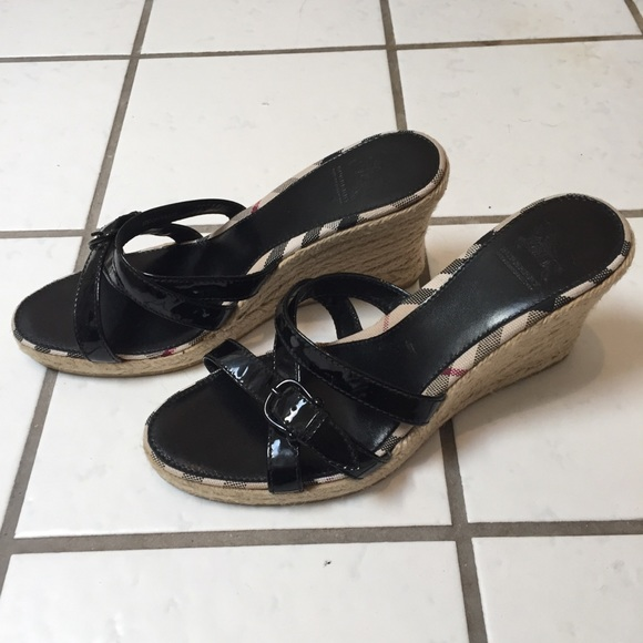 00d65104297 Burberry Shoes - Burberry Espadrilles Wedge Patent Leather Slides